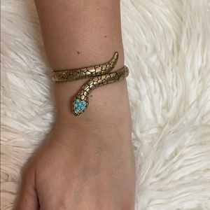 Express snake gold and turquoise bracelet